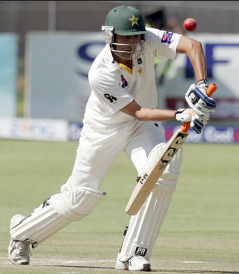 Younis Khan - Defence