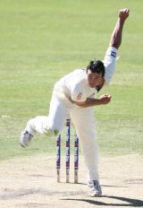 brad-knowles-follow-through-2009